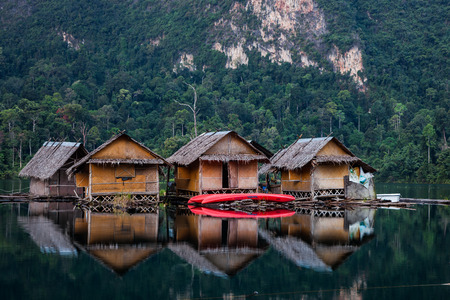 Floating huts in Khao sok national park Stock Photo - 26601245