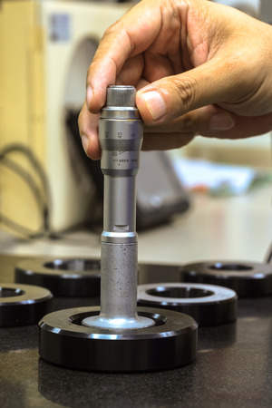 gage: Calibration HOLTEST with ring gage Stock Photo