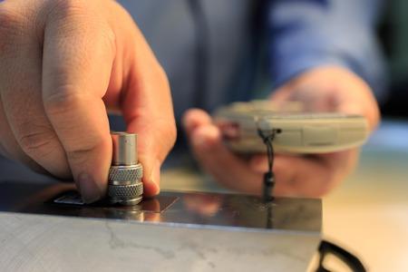 calibration: Vernice calibrazione spessore tester con spessore di plastica