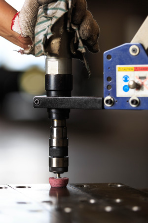 tapping: Chamfer hole by pneumatic tapping machine