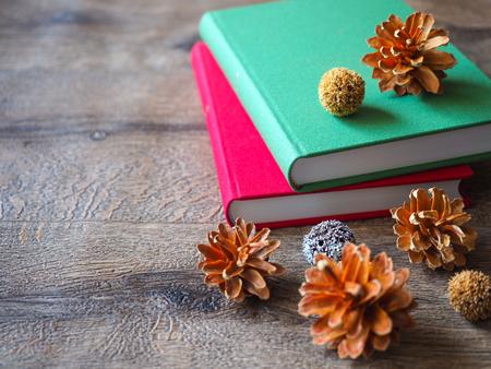 本と木の実のイメージ 写真素材