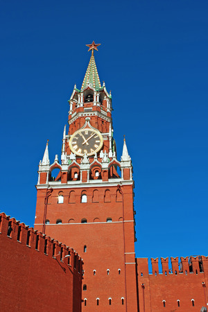 spasskaya: Spasskaya Tower in the Moscow Kremlin against the blue sky Stock Photo