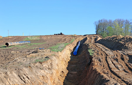 Construction of a long industrial pipeline in the field