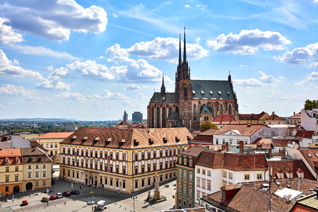 Amazing view of the old tow and the Cathedral of St. Peter and Paul in Brno, Czech Republic Redactioneel