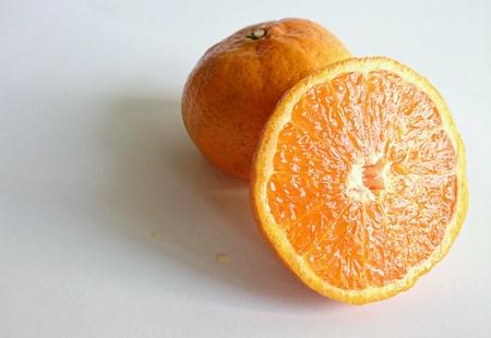 naranja fruta: Primer plano de detalle de frutas de color naranja Foto de archivo
