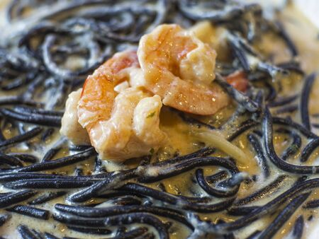 Squid Ink Shrimp Spaghetti,Spaghetti pasta is a long round. A popular one is the rank of each line yet. Suitable for a variety of sauces