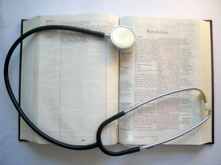 Bible and Stethoscope Imagens