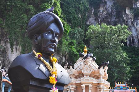 Batu Cave and statue photo