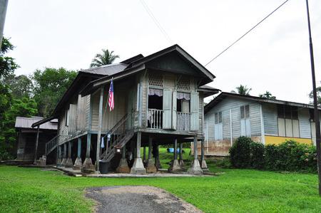 Maleisië dorp houten huis Stockfoto