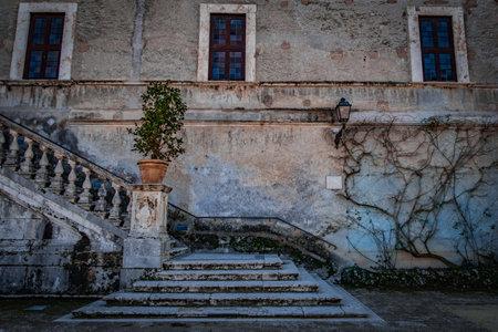 오래 된 계단 배경입니다. 스톡 콘텐츠