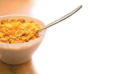 powszechnie: Zdrowe śniadanie Zboża powszechnie spożywane w rano, z łyżką.