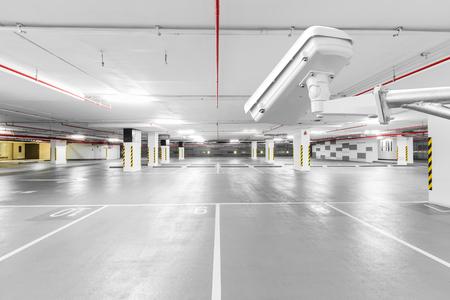 CCTV camera in ondergrondse parkeergarage