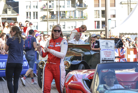 le cap: LE MANS, FRANCE - JUNE 16, 2017: Christina Nielsen and her team Alessandro Balzan and C.Bret Scuderia Corsa Ferrari racing team. Parade of pilots racing 24 hours of Le mans, France