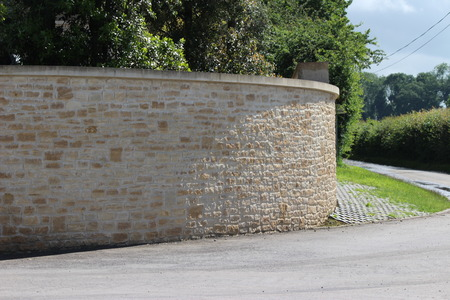 Stone curved brickwork masonry