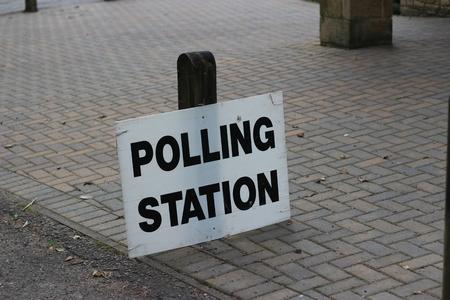 encuestando: Sondeo Muestra del centro de la estaci�n Para los votantes