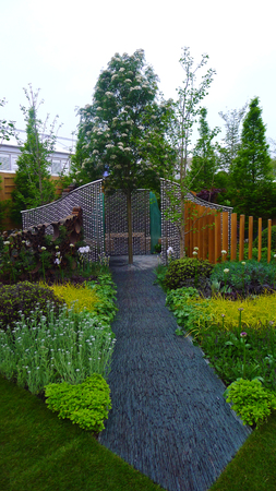 Landscape Design Garden Design - Garden Path and Structure
