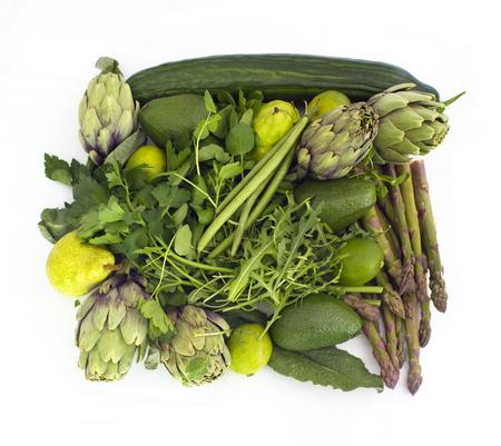 legumes: Big carré en légumes verts isolé sur blanc