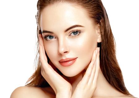 美人顔の肖像画美肌ケア概念。白で隔離ファッション ビューティー モデル 写真素材
