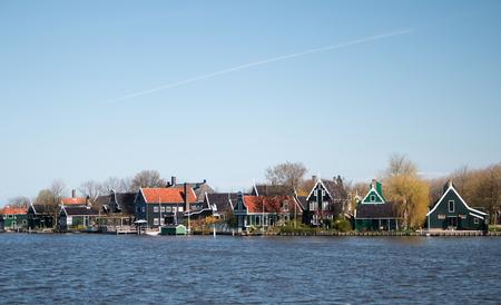 zaan: Wooden houses along river Zaan