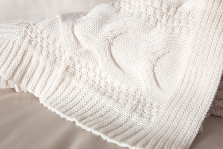 coverlet: White knitted throw