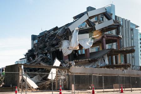 землетрясение: Застройка разрушены в результате землетрясения, Крайстчерч, Новая Зеландия Фото со стока