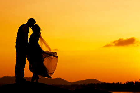 wedding couple with the sunset