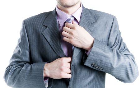 Gros plan d'un homme d'affaires de fixation des voix, isol�es sur fond blanc