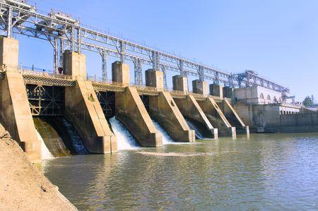 水の流れるダム 写真素材