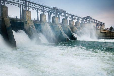 Barrage et d'eau vive