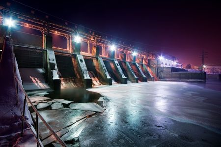 ice dam: Wide angle view of a dam, night view   Stock Photo