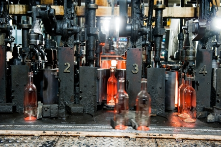 auto glass: Bottle factory, process of making transparent glass bottles