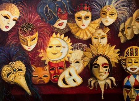 maquillaje infantil: Una pintura al �leo sobre lienzo de un colorido adornado m�scaras venecianas tradicionales en la pantalla, a trav�s de una cortina de color rojo oscuro. Foto de archivo