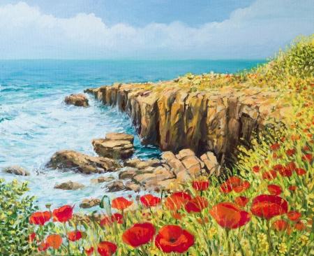 Een olieverfschilderij op doek van een kust zomer zeegezicht met een briesje van zee en levendige rode papavers bloeien op de rotsen hoog boven de baai met golven haasten naar de oever Stockfoto