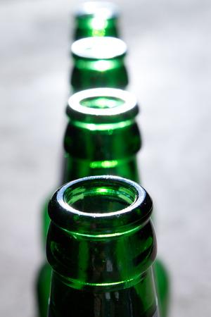 bouteilles de bière verte