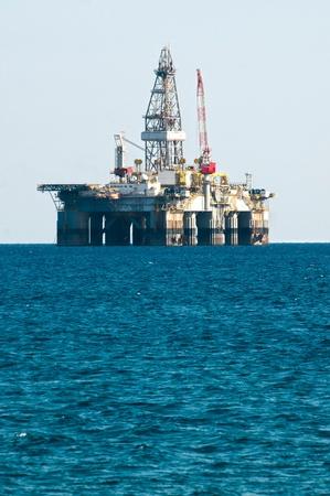well platform: Oil Rig Drilling Platform in mediterranean sea