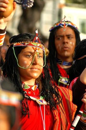tribu: Limassol, Chipre - 14 de febrero: ofgirl Retrato disfrazado tribu amaz�nica el 14 de febrero de 2010 en Limassol, Chipre.
