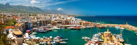 キレニアのキレニア、キプロス - 2014 年 4 月 26 日港