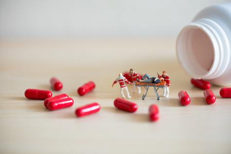 SOBREDOSIS: DR�G concepto sobredosis. Macro foto