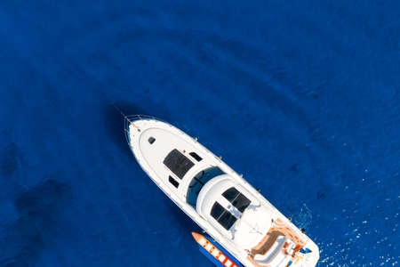 Overhead view of yacht in Mediterranean sea Standard-Bild