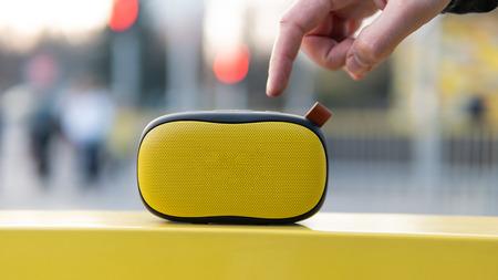 Modern portable wireless music speaker Archivio Fotografico