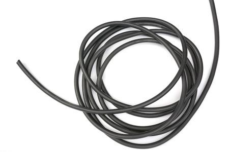 Fil noir isolé sur une abstraction de fond blanc. Banque d'images - 81360914