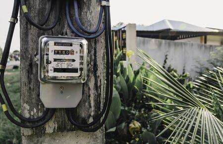 Electric power meter measuring power usage. Watt hour electric meter measurement tool. 版權商用圖片