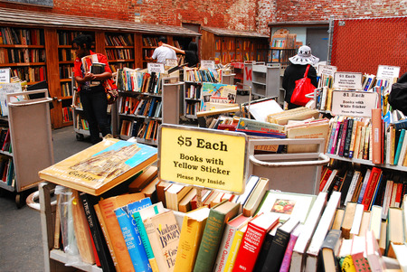 x mass: Brattle Book Store, Boston