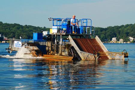 dredging: Dredging the Lake