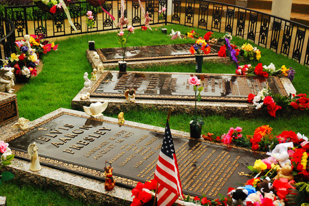 graceland: The Graves of Elvis Presely and Family at Graceland, Memphis, Tennessee