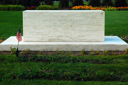 Grave of Franklin and Eleanor Roosevelt