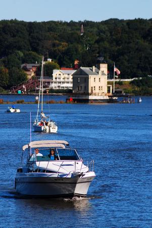 Cruising the Hudson
