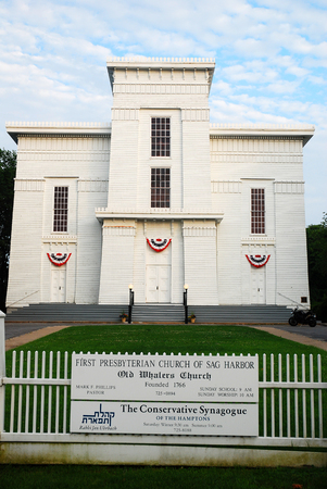 Old Whalers Church, Sag Harbor, Long Island, NY Редакционное