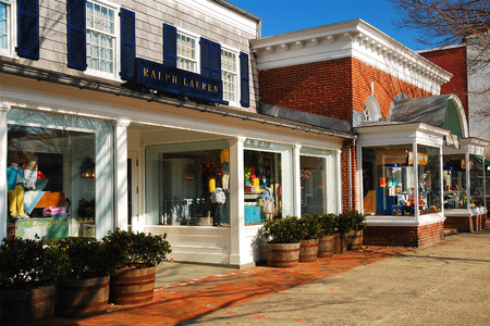 east end: Downtown East Hampton Editorial