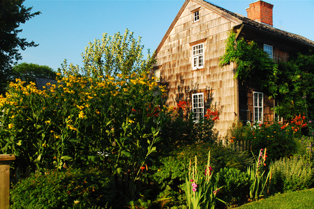 Summer garden at the Montauk Second House